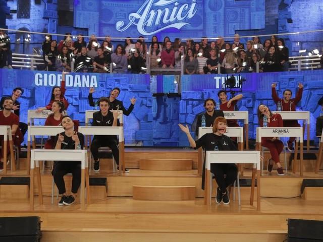 'Amici 18', la replica della terza puntata sarà disponibile su Mediaset Play e Witty Tv