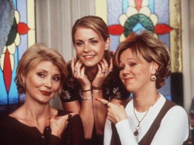 """Vi ricordate Sabrina di """"Sabrina, vita da strega?"""": oggi ha 45 anni ed è diventata così [FOTO]"""