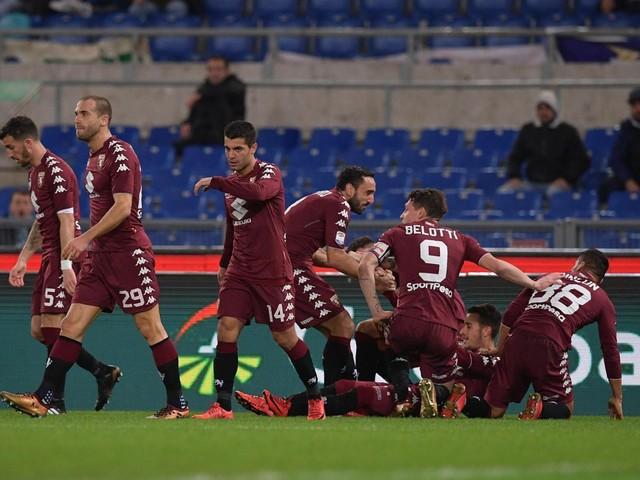 Polemiche, testate, botte e gol, clamoroso Lazio-Torino: blitz granata e Mihajlovic salva la panchina, Inzaghi è una furia [FOTO]