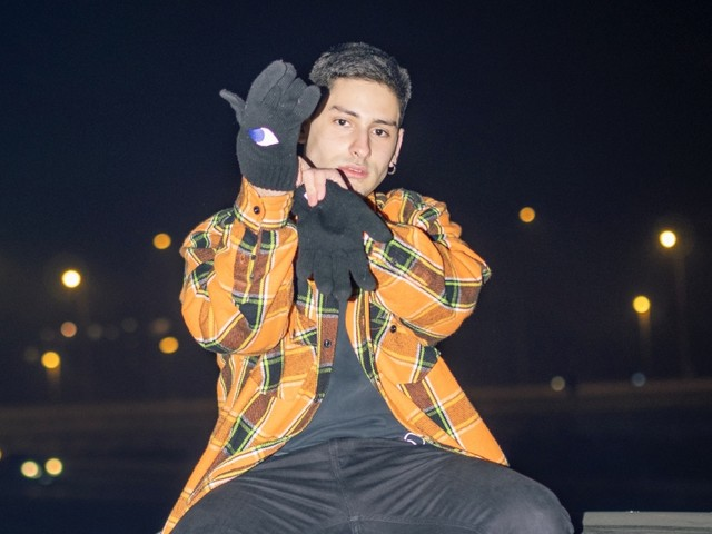 Diego Random: il nuovo singolo è 'Fulmini' VIDEOCLIP