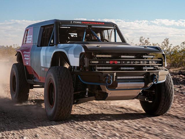 Ford anticipa il ritorno del Bronco per la Baja 1000 in California