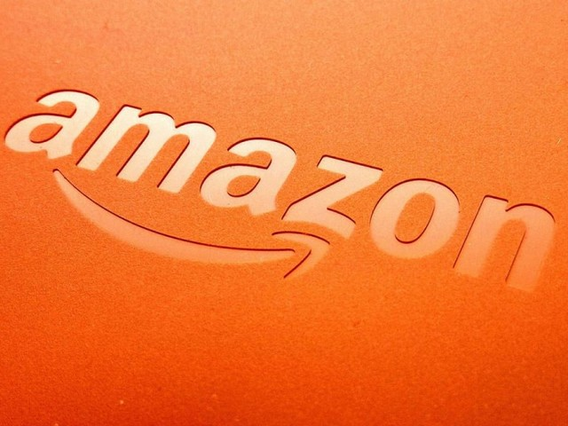 Bis di offerte Amazon di fine anno, Huawei P30 Lite e Xiaomi Mi Note 10 scontati