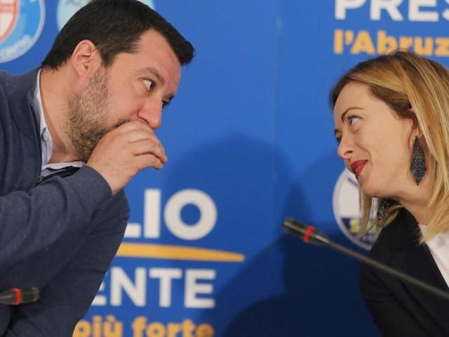 Salvini e Meloni incalzano Di Maio: 'No all'accordo sul Mes'