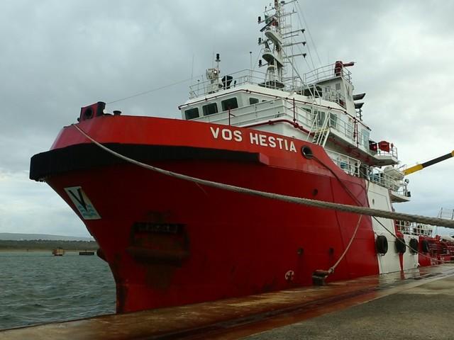 Migranti: perquisizioni sulla nave di Save the Children