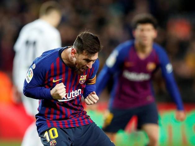 Messi si arrende alle clausole del contratto: «Resto al Barça però volevo andare via»