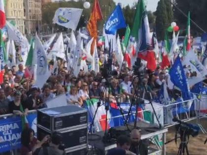 L'Orgoglio Italiano riempie piazza San Giovanni
