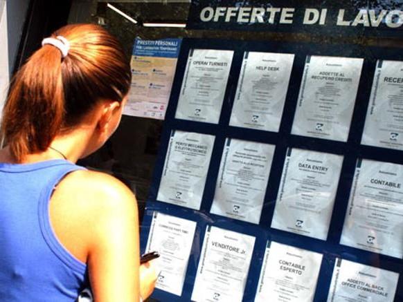 Giovani italiani alla fame