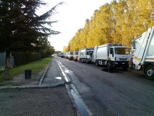 Crisi rifiuti, la Regione: «Napoli potrà sversare solo allo Stir di Caivano»