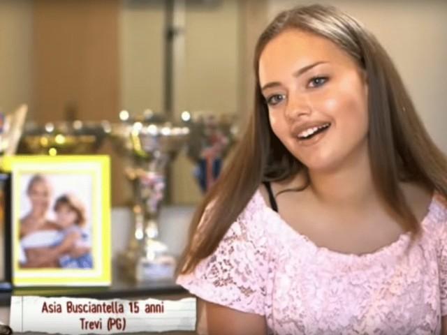 Intervista a Asia Busciantella: chi è l'alunna de Il Collegio 4