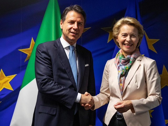 Conte a Bruxelles: «Avremo un ruolo di primo piano in Ue». Incontro con Von der Leyen