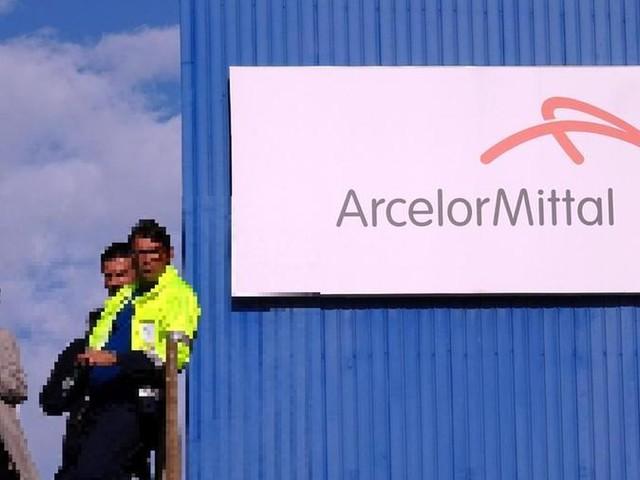 """""""Vietato denunciare problemi di sicurezza"""". Arcelor Mittal sospende delegato sindacale"""