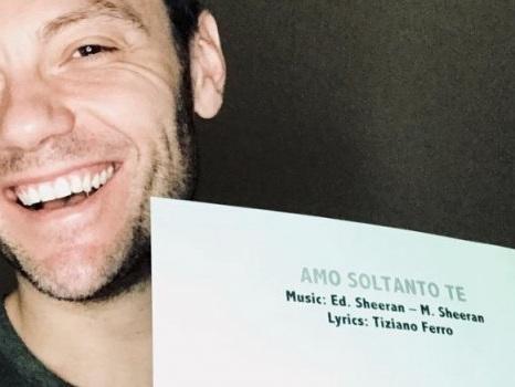 Tiziano Ferro scrive con Ed Sheeran per Andrea Bocelli, Amo soltanto te nel nuovo album Sì