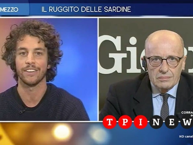 """Santori-Sallusti, scontro a Otto e Mezzo: """"Ha gli occhi foderati di prosciutto"""""""
