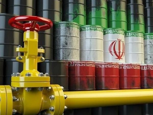 Definitive le sanzioni Usa contro l'Iran: il costo del petrolio ai livelli più elevati degli ultimi 6 mesi