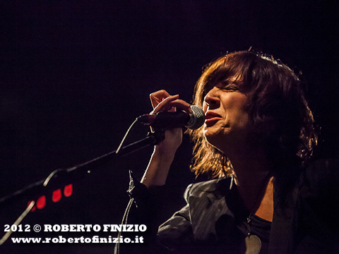Concerti, Cristina Donà celebra i 20 anni di carriera con il 'Tregua 1997-2017 Stelle Buone' tour