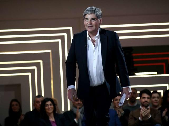 Dritto e rovescio ospiti di stasera, 5 dicembre, Del Debbio faccia a faccia con Vittorio Sgarbi