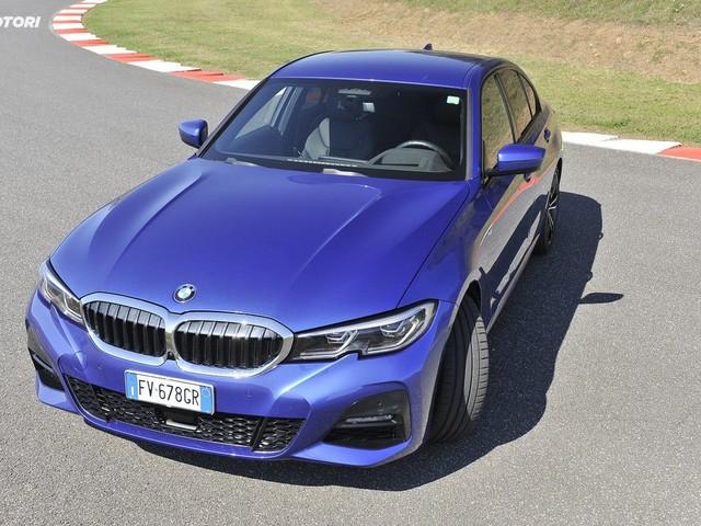 BMW 330i MSport: la prova su strada