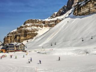 Piste innevate: ecco dove inforcare gli sci