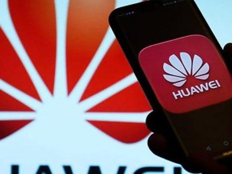Non pronto il sistema operativo Huawei? Solo Linux sui MateBook