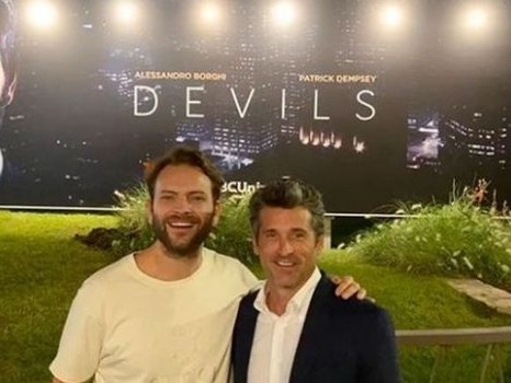 La sfida di Diavoli porta il nome di Alessandro Borghi: la serie Sky presentata al Mipcom di Cannes