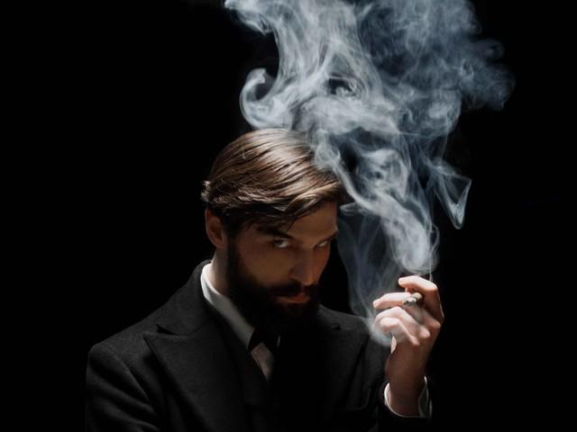 """Il pendolo di Freud ipnotizza la Vienna più """"psicopatica"""""""