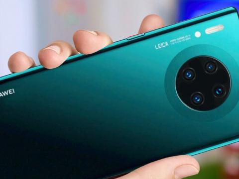 Huawei Mate 30 Pro arriva in Italia a 1099 euro. Sarà venduto nel negozio di Milano e online