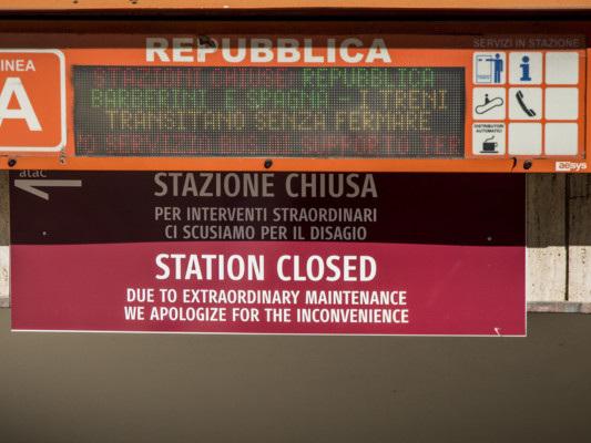 Perché dopo 8 mesi la fermata Repubblica della metro A è ancora chiusa