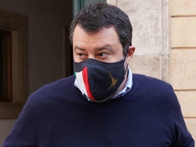 """Salvini, """"Riaperture e stop coprifuoco? Aspetto parere scienza"""""""