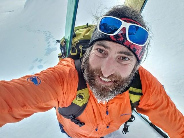 """Cala Cimenti e Patrick Negro, l'addio del Soccorso Alpino: """"Sotto la neve due amici"""""""