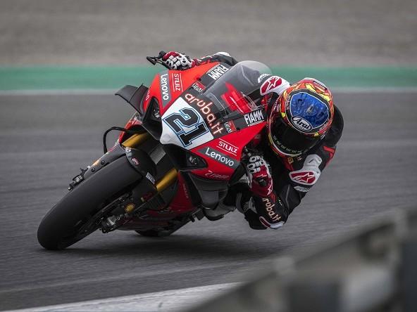 WSBK   Ducati, test interrotti per la pioggia