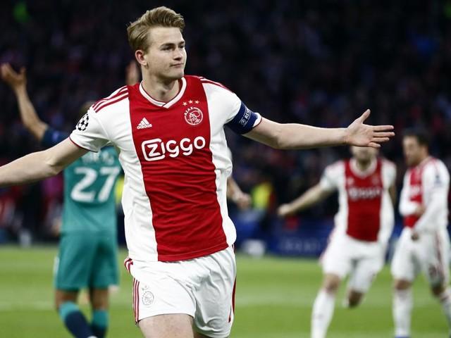 Calciomercato Juventus: De Ligt ad un passo, l'Ajax vorrebbe Kean in cambio