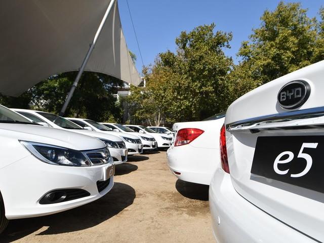 Programma BYD per sostituire 50 taxi convenzionali con quelli elettrici in Cile