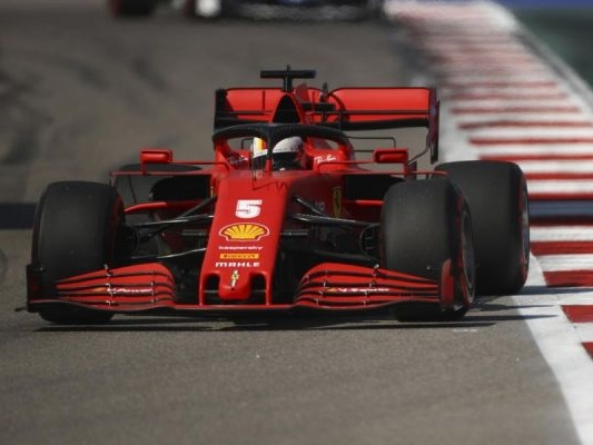 F1 in tv, orari GP Bahrain 2020: programma prove libere, streaming, palinsesto TV8 e Sky