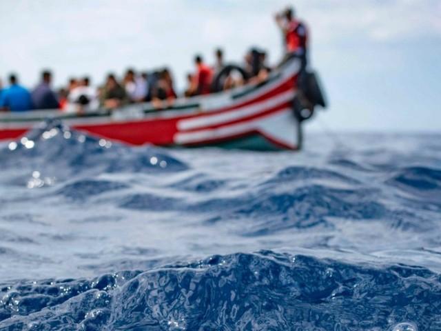 Assalto dalla Libia, più di 800 migranti nel Mediterraneo negli ultimi giorni