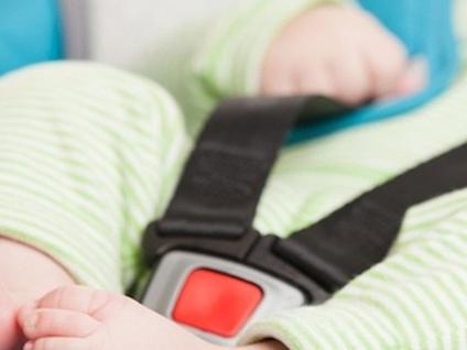Un «beep» per salvare i bambini in auto Seggiolini, allo studio agevolazioni fiscali
