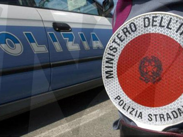Polizia Stradale, in estate in Trentino 83 incidenti un motociclista su 4 fuori norma