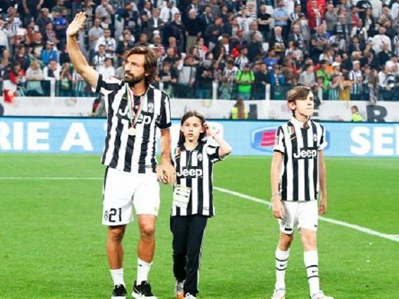 Di padre in figlio: un altro Pirlo alla Juventus, è il 15enne Nicolò