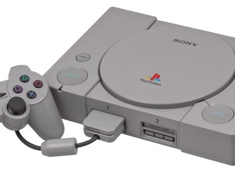 La Playstation oggi compie 25 anni: ecco il primo videogioco del 1994