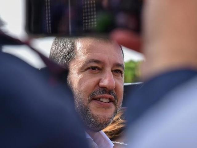 """Salvini a Palazzo Chigi da Draghi. La Lega: """"Lavoriamo per evitare il ritorno alla legge Fornero"""""""