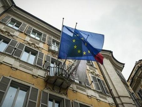 Lavoro: via libera UE a decontribuzione turismo, commercio, spettacolo