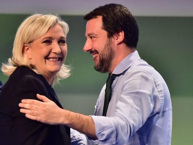 Perizia psichiatrica richiesta per Marine Le Pen: è una normale procedura