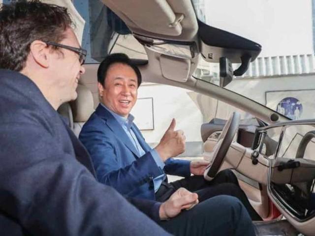 Evergrande, Pechino ordina al fondatore: rimborsi i bond (con i suoi soldi)