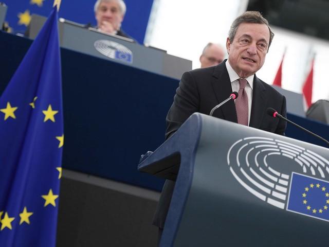 Draghi, ultima settimana alla guida della Bce