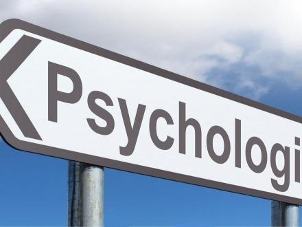 """Il Tribunale non può """"invitare"""" il genitore a intraprendere un percorso psicoterapeutico"""