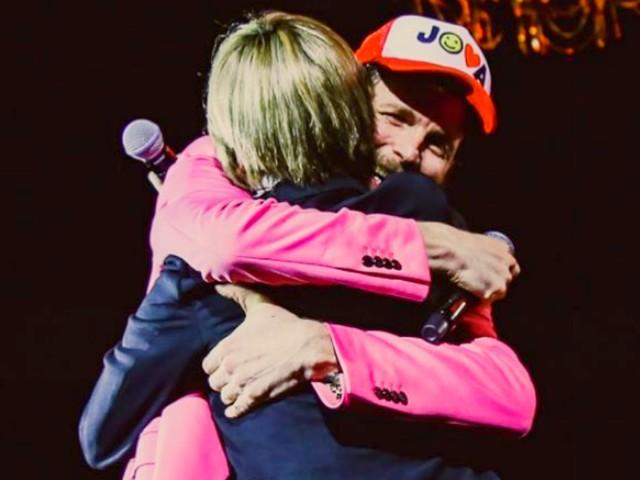 Nadia Toffa, il ricordo di Jovanotti dal palco è commovente: applausi e lacrime