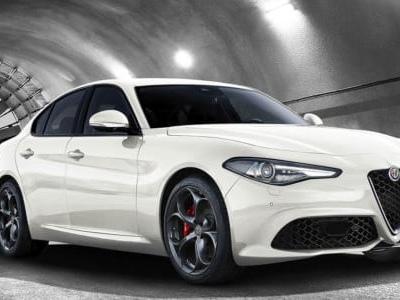 Alfa Romeo Giulia Sport Edition: prezzo, consumi e motori