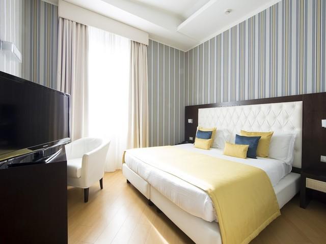 Hotel Naples, nel centro storico di Napoli s'incontrano comfort ed eleganza
