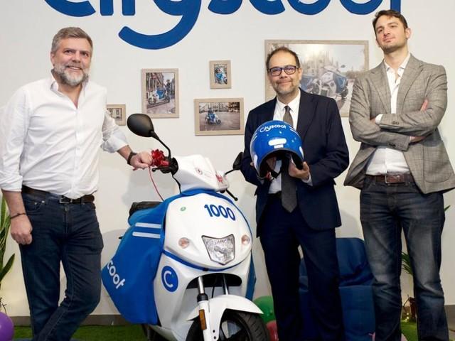 Il debutto di Cityscoot a Milano, lo sharing francese totalmente elettrico