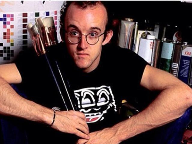 Tre anni prima della caduta del muro di Berlino, il murales di Keith Haring.