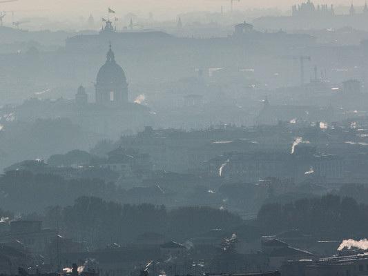 Torino, Milano e Frosinone hanno l'aria peggiore d'Italia, dice Legambiente